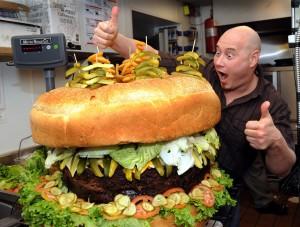 Huge-hamburger-_ttjs